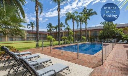 Mildura: 2 or 3 Nights for Two with Breakfast, Wine and Late Check-Out at Mildura Inlander Resort