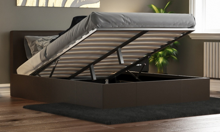 Vida Designs Lisbon Ottoman Bed Frame, Engelbertha White Queen Upholstered Bed