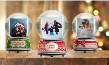 1 Lot de 3 boules à neige à personnaliser en ligne sur Couvertures Personnalisées à 23,90 € (38% de réduction)