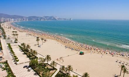 Oliva: 1, 2 o 3 noches para 2 personas con desayuno, detalle de bienvenida y parking en Hotel Font Salada