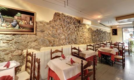 Menú hindú para 2 o 4 personas con 2 entrantes, principal, postre y bebida desde 19,99 € en Nice Spice