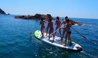 Una hora en una tabla de Big SUP de 3 a 8 personas desde 34 € en Paddle Surf La Fosca