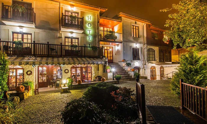 Dwa Księżyce Hotel Restauracja