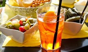 Nord Est Caffè: Apericena con flûte, buffet, cocktail, dolce e caffè in zona Isola per 2 o 4 persone da Nord Est (sconto fino a 65%)