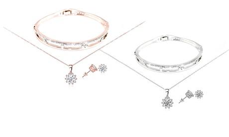 1 o 2 juegos de joyas hechos con cristales de Swarovski®