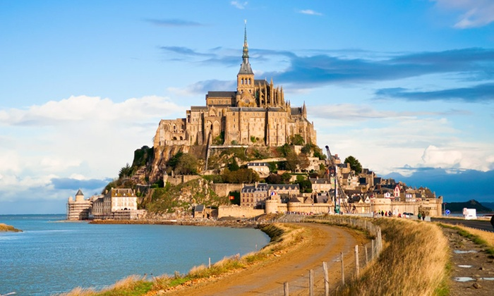 9-Day Guided Tour of France with Airfare - Paris Marriott Rive Gauche Hotel & Conference Center: Tour with Flights, Hotels, Sightseeing from Gate 1 Travel. Priced Per Person and Based on Double Occupancy.