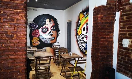 Menú latinoamericano para 2 o 4 con entrante, principal, postre y bebida desde 16,99 € en El Cafetalito