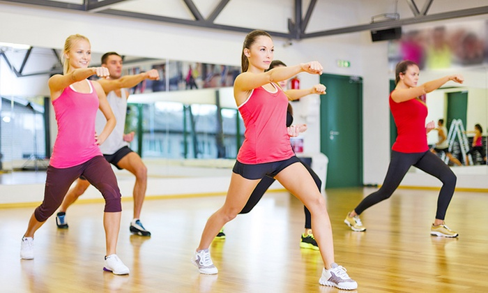 Fitness 19 - Louisville - East Louisville: $39 for Month of Classes and Three Personal Training Sessions at Fitness 19- Louisville ($179 Value)