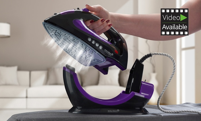 Groupon Goods Global GmbH: Cordless or Corded Easy Steam Iron 2200W for £24.98 With Free Delivery (58% Off)