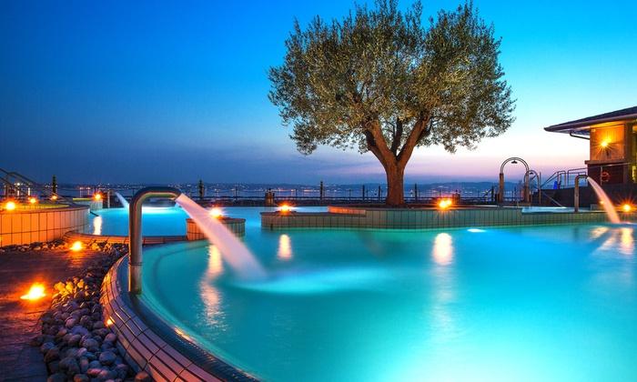 Hotel acquaviva a desenzano del garda provincia di for Cabine al lago della piscina di joe