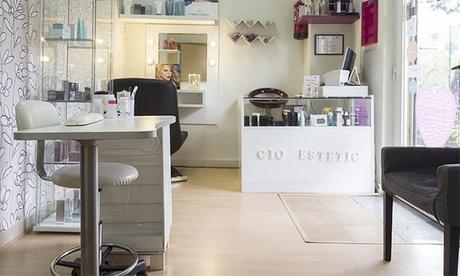 Higiene facial con microdermoabrasión con opción a tratamientos a elegir desde 16,99 € en Estética Cio