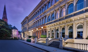 Hilton Glasgow Grosvenor Hotel: Sparkling Afternoon Tea for Two Hilton Glasgow Grosvenor Hotel