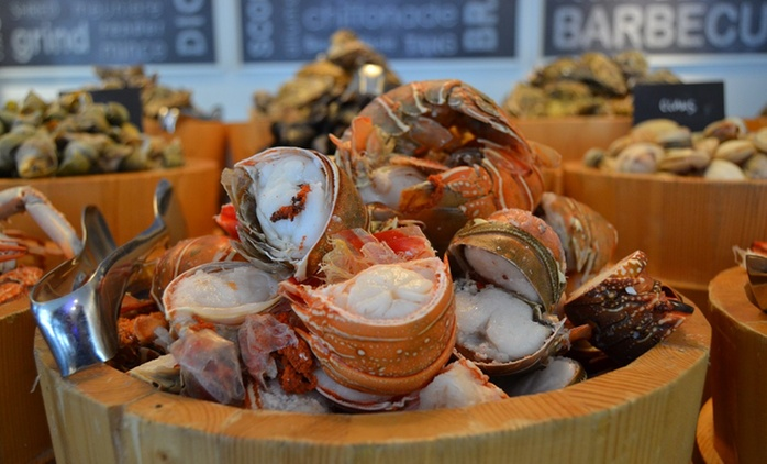Seafood Dinner Buffet with Soft Drinks or House Beverages at Cafe Palmier at Le Royal Meridien Abu Dhabi (Up to 51% Off)