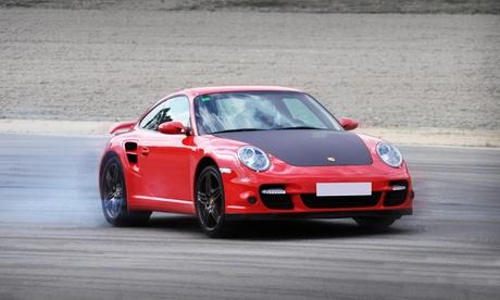 1, 2 o 3 vueltas de copilotaje extremo con un Porsche Boxster de competición (240cv) desde 34,99 € con Different Cars