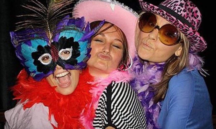 Mojo Fotobooth - Ellenton: $399 for a Three-Hour Photo-Booth Rental from Mojo Fotobooth ($799 Value)
