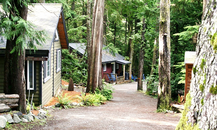 Surfs Inn - Ucluelet: Two-Night Cottage Stay for Four or Six at Surfs Inn (Half Off). Four Options Available.