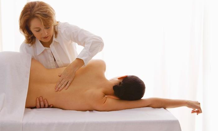 FISIOKEIRON - Ostia Lido: 3 o 5 trattamenti di Tecarterapia con trazione manuale da 29 €