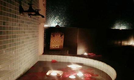 Ritual turco o ritual marroquí en hammam de 60, 75 o 90 minutos para 2 personas desde 29,99 € en Le Petit Hammam