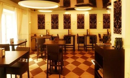 Menú para 2 o 4 con entrante o 2 miniplatos, principal, bebida y postre desde 24,95 € en Lion Gastro & Drinks