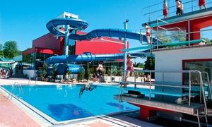 Erlebnisbad Pyrmonter Welle: Tageskarten für 2 Erwachsene für Sauna und Schwimmbad im Erlebnisbad Pyrmonter Welle (34% sparen*)