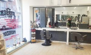 Vanity Fashion Di Miscioscia Anna: 3 o 5 manicure e pedicure con smalto anche semipermanente da Vanity Fashion (sconto fino a 85%)