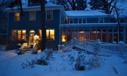 2-Night Stay for Two in Queen Room or King Room (with fireplace) and Dining Credit at The Inn at Union Pier in Michigan