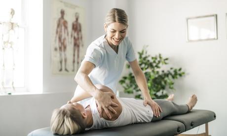 Fisioterapia de suelo pélvico o masaje descontracturante en Clinica San Pedro (hasta 58% de descuento)