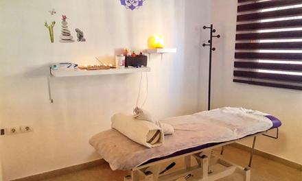1 o 2 sesiones de masajea elegir con opción a reiki, reflexología podal en Centro de Masajes María Dolores Navalón
