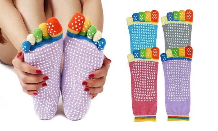 Groupon Goods Global GmbH: One, Two or Four Pairs of Five-Toe Anti-Slip Yoga Socks