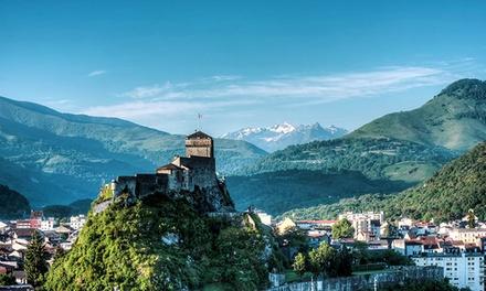 Lourdes: 1 a 3 noches en estudio o apartamento con desayuno para 2 o 4 en L'Acacia Zenitude Hôtel Résidences