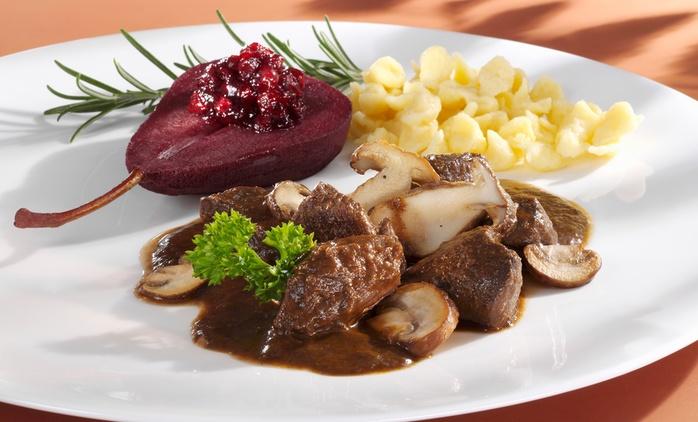 Saisonales 5-Gänge-Menü mit hausgemachter Likör oder Aperitif für 2 oder 4 Personen im Restaurant Lorbeer (44% sparen*)