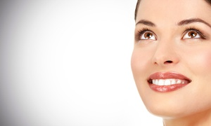 Pearly Whites Express Club: $24 for Four In-Office Teeth-Whitening Sessions at Pearly Whites Express ($56 Value)