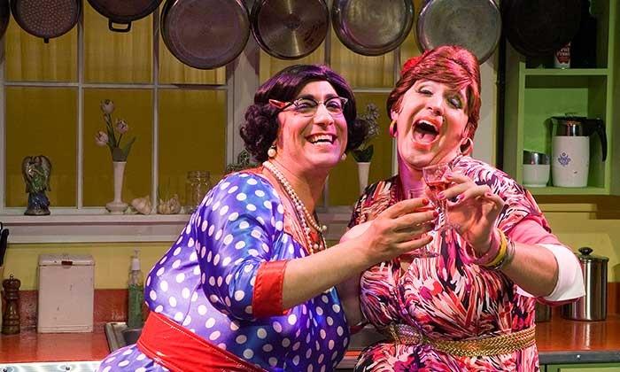 """""""Calamari Sisters Clam Bake"""" - Penn's Landing Playhouse - Independence Seaport Museum: Calamari Sisters Clam Bake on February 20–April 3"""