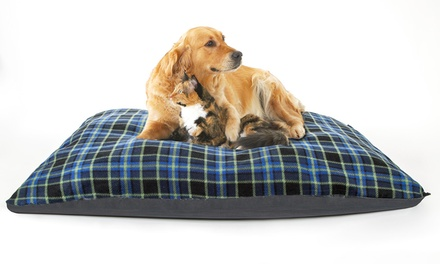 Jumbo Blue Check Cushion Pet Bed for £11.99