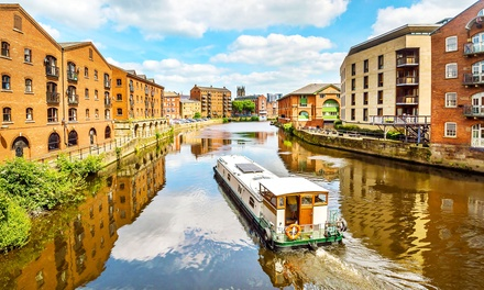 Leeds: 1Night stay for Two with Breakfast and Option for Dinner and Wine at Britannia Leeds Hotel