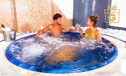 Costiera Amalfitana: 1 o 2 notti, colazione, cena, piscina e Spa Sant'Angelo Resort & Spa -