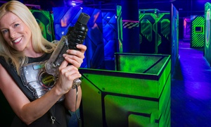 Laserzone Frankfurt: 4 Spiele Laser Tag inkl. Ausrüstung für ein, zwei, vier oder sechs Personen in der LaserZone Frankfurt (24% sparen*)