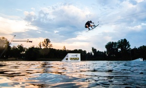 Wake Zone Stawiki 5.0 Cable Park: Narty wodne i wakeboard: karnet na wyciąg w systemie 5.0 od 48,99 zł w Wake Zone Stawiki 5.0 Cable Park w Sosnowcu
