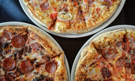 Menú para llevar con 2 pizzas pequeñas, medianas o familiares con 1, 2 o 3 refrescos desde 9,95 € en Pizzeria Carlos