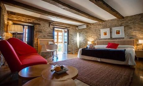 Puebla de Sanabria: 1 o 2 noches en habitación doble o suite con bañera hidromasaje en la Posada Real La Cartería 5*