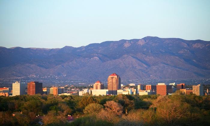Convenient Hotel near Downtown Albuquerque