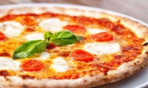 Pizza King: Menu da asporto con pizza a scelta, patatine fritte e birra per 2 o 4 persone da Pizza King (sconto fino a 60%)