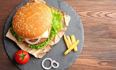 Menú para 2 o 4 con combo de entrantes, hamburguesa o pizza y bebida desde 16,95 € en Restaurante Abadia