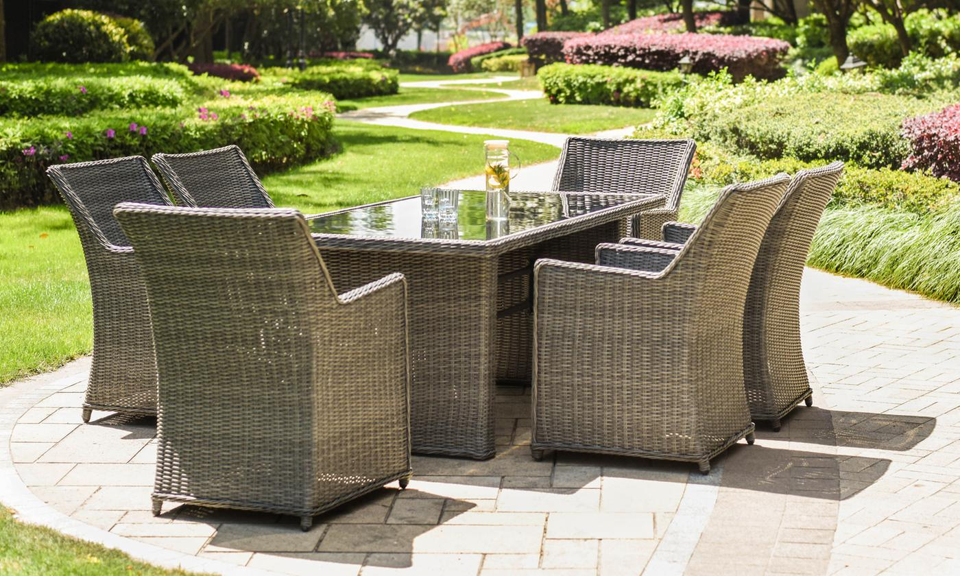 Davis and Grant Seven-Piece Rattan-Effect Dining Garden Set (£499.99)