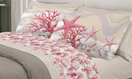 Completo lenzuola con fantasia marina disponibile in 2 dimensioni e 4 colori