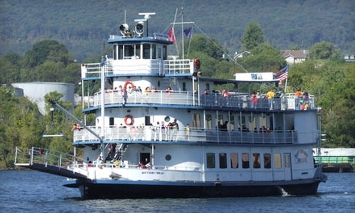 Chattanooga Riverboat - Chattanooga: $14 for Two Adult Tickets to a Sightseeing Boat Tour from Chattanooga Riverboat ($29.24 Value)
