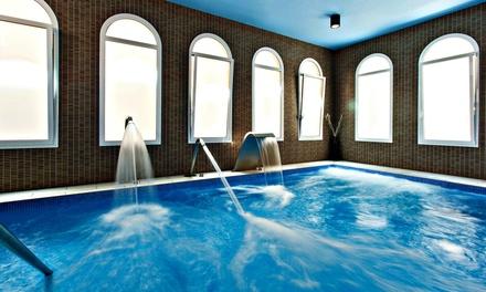 1 o 2 noches con desayuno y detalle, con opción a acceso al spa y a comida o cena en Hotel Balneario Vichy Catalan