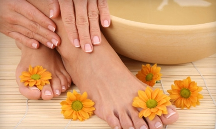 Tip N Toe Nails - Fort Wayne: $30 for a Mango Hot-Oil Mani-Pedi at Tip N Toe Nails ($60 Value)