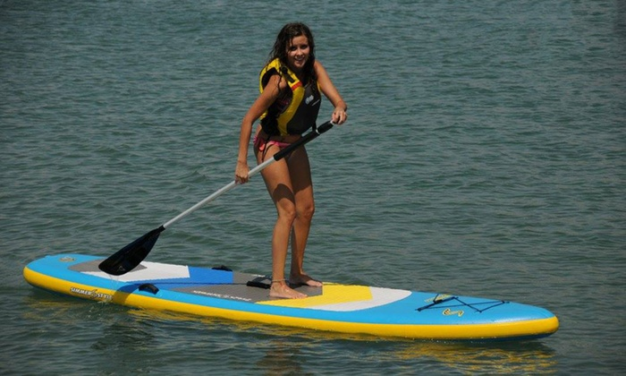 Una hora de paddle surf o kayak doble para hasta cuatro personas desde 9,90 € en Gen Roses