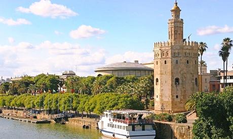 Sevilla: 1 o 2 noches para 2 con entrada al casino, copa de cava y opción a 1 cena en GIT Vía Sevilla Mairena 4*
